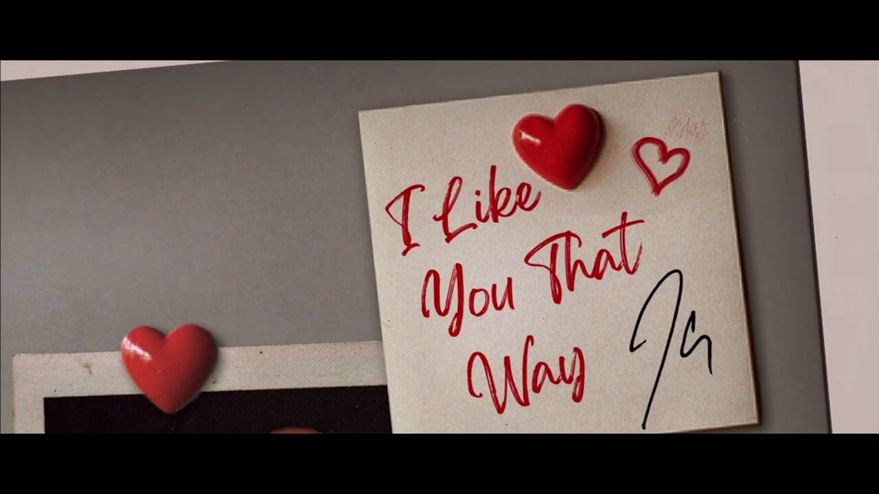Sticky note that says I Like You That Way signed by JClay
